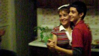 Tia Silvia y Tio Carlos bailando Vals