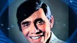 Carlos Alberto canta ........De Joelhos
