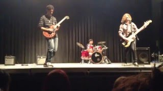 The Cards - Good Times Bad Times (Led Zeppelin cover) | High School Talent Show