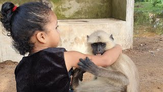 Deep relationship between animals and children make history and mostly encourage younger
