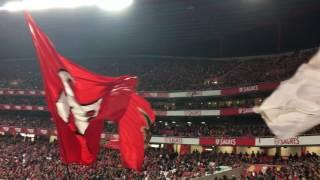 Força Eterno Benfica / Que lindo é vermelho e branco