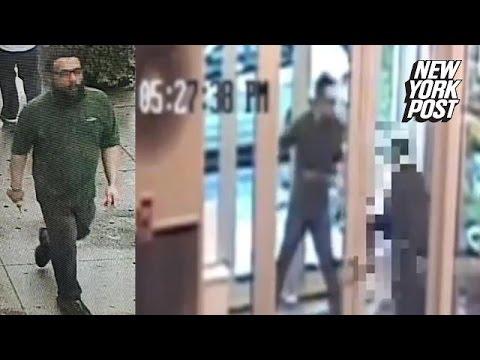 Un barbat care injunghie o femeie - video