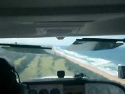 Cessna 172 landing RWY 05 (INSIDE VIEW 1)