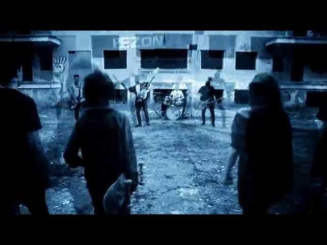 Videoclip oficial de la canción Volveremos a nacer de Free City