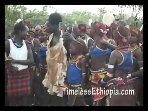 Ethiopia – Bull Jump ceremony Hamer tribe
