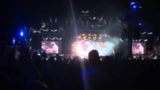 Queen + Adam Lambert - We Will Rock You (Rock in Rio 2015)