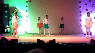 Eureka - Dança com arcos