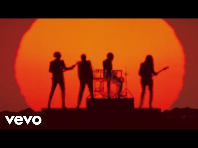Videoclip oficial de 'Get Lucky', de Daft Punk, Nile Rodgers y Pharrell Williams.