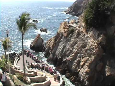 00071 Cruiseship Carnival Spirit – Acapulco