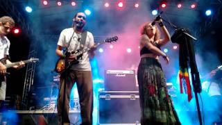 Juliana Anjos e Banda Em Transe (Malandrinha - Edson Gomes)
