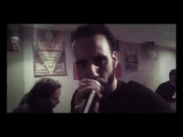 Vídeo de Forward Ever Band ensayando junto con Fyabwhoy.