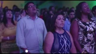 ANDAR SOBRE AS ÁGUAS // CLIPE OFICIAL // DVD VIVENDO O NOVO TEMPO