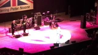 Hermans Hermits starring Peter Noone- I gotta dream on LIVE 2017