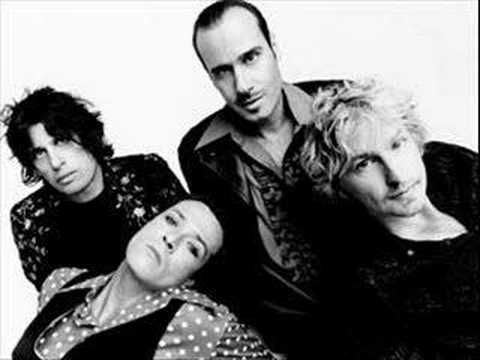 stone-temple-pilots-kitchenware-and-candybars-fckrocknroll