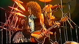 25. Lucille (Queen In Earls Court: 6/6/1977) [Filmed Concert]