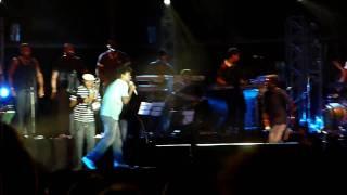 Seu Jorge canta Pessoal Particular em Macaé - RJ