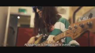 the Growlers - Hiding Under Covers (Subtitulada Español)