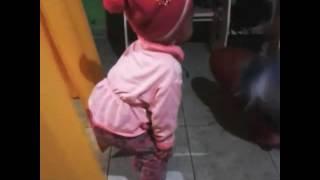 Minha sobrinha linda dançando 😍😍