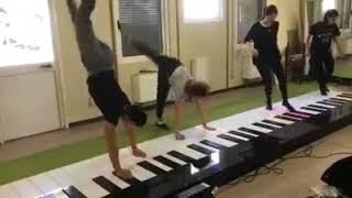 الطريقة الجديدة لعزف اغنية ديسباسيتو  despacito