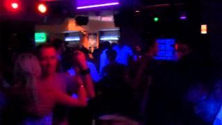 S.O.S. Sesión Original Salsera en Disco Pub Parche. Sr. Importante + Madrid Es Negro Djs