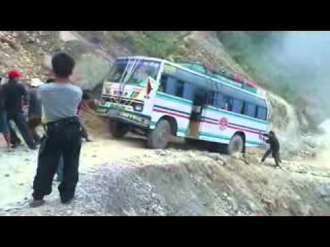 Trekking in Gosai Kunda NEPAL ON ROAD.mp4