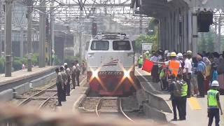 KLB RI-1 Relasi Gambir-Sukabumi Membawa Presiden Joko Widodo Datang Dan Berangkat Dari Stasiun Bogor