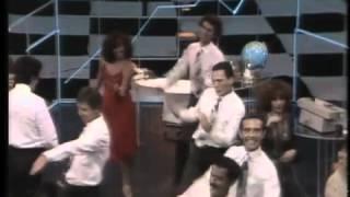 """Ney Matogrosso - """"Por debaixo dos panos"""" (clipe de 1982)"""