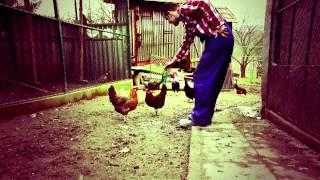 Tomee - Kilóg a lóláb (Official Video) HD1080