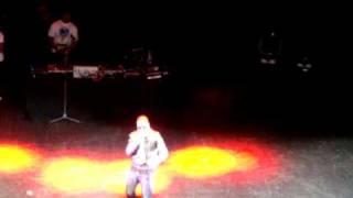 Taio Cruz - I just wanna know [Live]