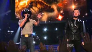 Tim McGraw ft. Scotty McCreery - Live Like You Were Dying (American Idol Season 10 finale show)