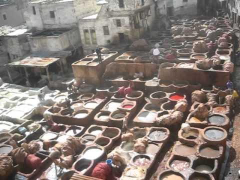 Barrio de los curtidores en Fez, Marruecos