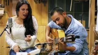 Guitarrería Alvarez & Bernal - Lya & Toto Puerma (Bulerías)