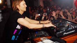 David Guetta ft akon Sexy Chick Bass