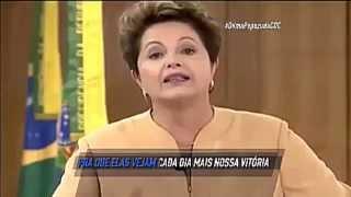 DILMA CANTA BEIJINHO NO OMBRO ! - CQC HD