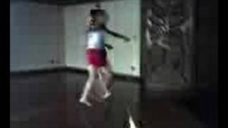 ProfºRoberta e Melina dançando Xuxa