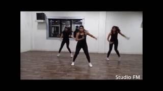 Studio FM Kar gayi chull- Kapoor  & Sons | Vishakha Gaikwad