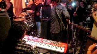 20110430 Musicos de CHAMBAO El Piso CÓMEME