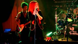 Brigitta & Fantasy Band - Please don't stop the music (Rihanna cover)