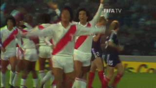 Peru 3 - Escocia 1 - Argentina 78 - Golazo de Cubillas!!! Narracion Martinez Morosini!!!
