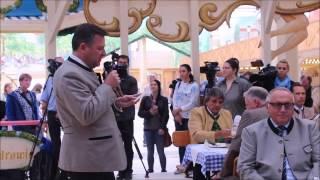 Präsentation des Wiesnmaßkrugs 2015 - Daten und Fakten vom 2. Bürgermeister Josef Schmid (Video: Gerd Bruckner)