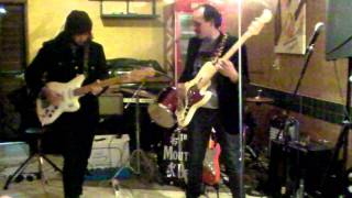 Beach Combers - Caricas Bar - Video 4- 7° Fetival de Surf Music