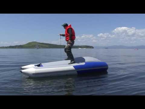 перевернутые лодки пвх на воде