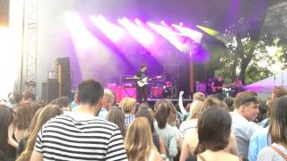 The Wombats - Give me a try live @ Budapestessentials 26.06.2015