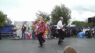 Boots 'n' Banjos at Towersey Festival 2012