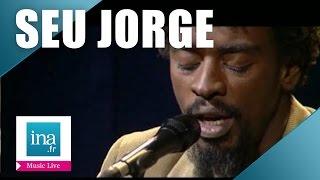 "Seu Jorge ""O Samba Taí"" (live officiel) | Archive INA"