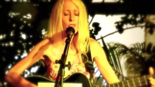 Cliché Jenelle Aubade Live at La Morena