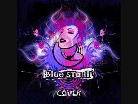 blue-stahli-corner-dylan37373