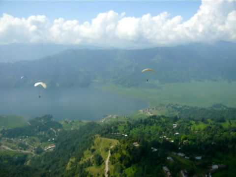 Paragliding in Pokhara, Nepal Sep 2009 Part 4