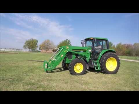 2013 John Deere 7230 MFWD tractor for sale | no-reserve Internet auction May 17, 2017