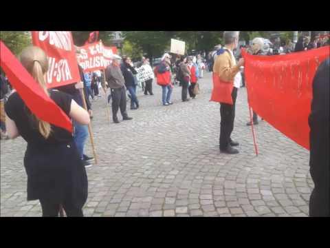 KTP Kommunistit Joukkovoima-mielenosoituksessa 3.9.2016